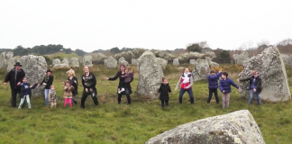 Happy ! We are from Carnac !